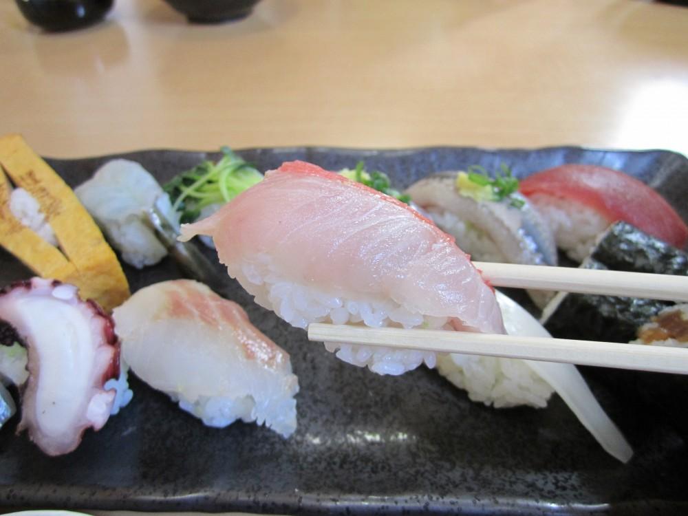 寿司勝@青梅市〈東青梅駅〉〜ランチにぎりときまぐれ丼