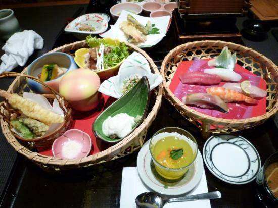鮨・しゃぶしゃぶ・和食『ふくふく』@御殿場〜ロードサイドにある和食のデパート
