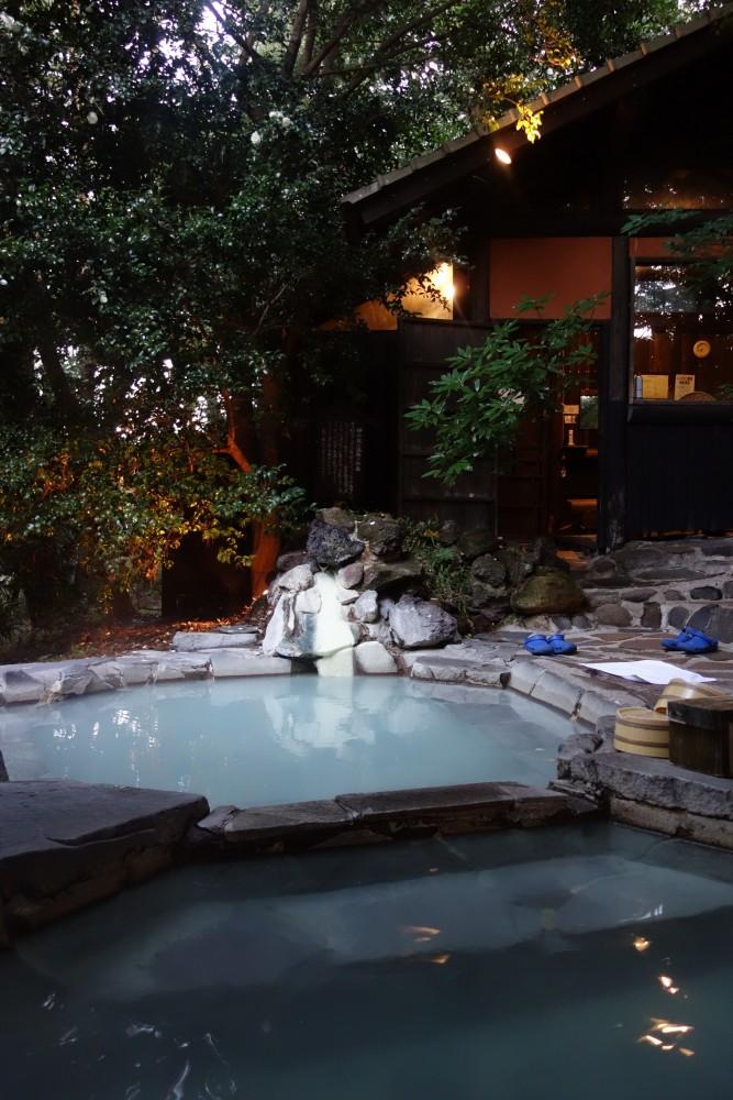 旅行人山荘@鹿児島県霧島温泉〜鹿と桜島と原田知世の湯