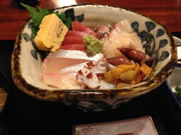 珈琲館くすの樹@西東京市新町〜ロードサイドの洋館喫茶