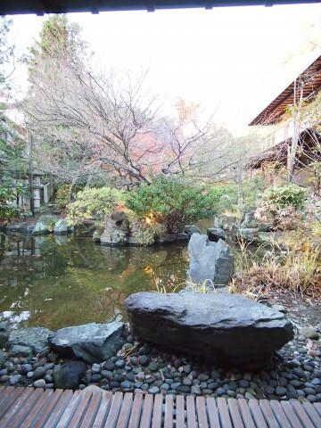 笹屋ホテル『豊年虫』@戸倉上山田温泉〜庭園と源泉付き文化財の宿