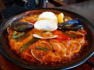 サングリア久能本店@静岡市〜海沿いのイチゴの街でスペイン料理