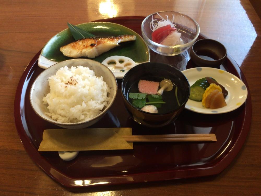 日本料理 竹むら@西東京市ひばりヶ丘駅南口〜横丁の割烹料理店
