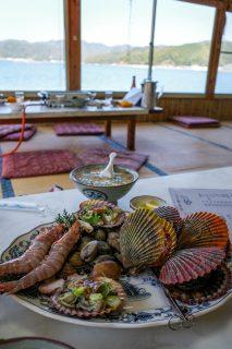 貝料理「浮橋」@高知県須崎市〜入江に浮かんで貝の網焼き