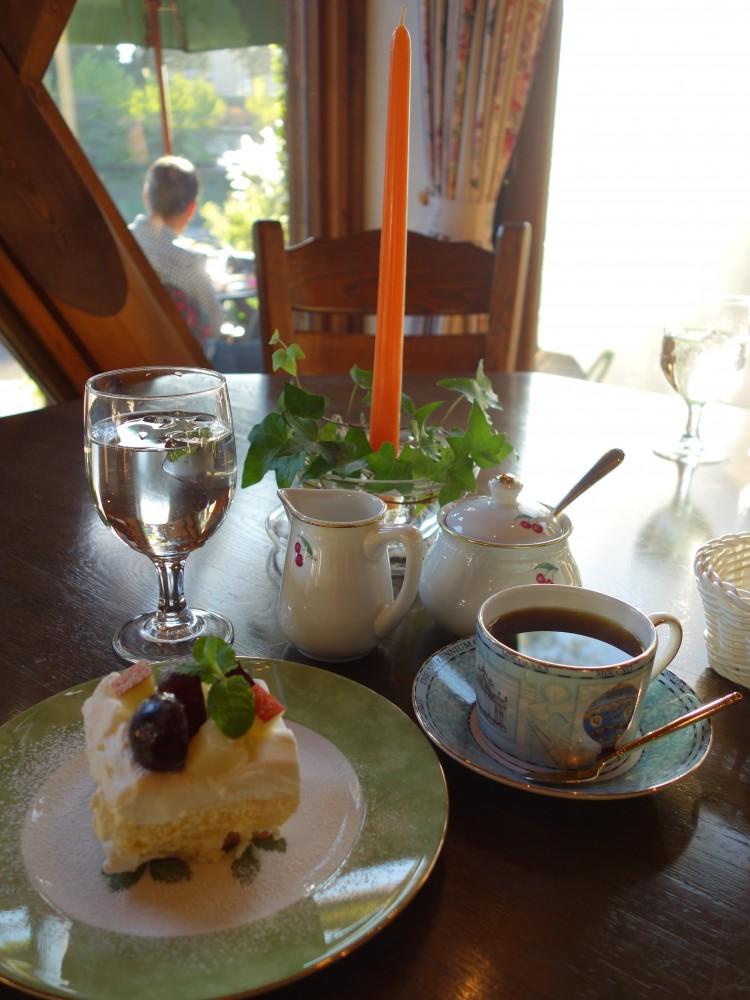 Tea Room@青梅市千ケ瀬〜週末限定・川畔の小さな桃源郷