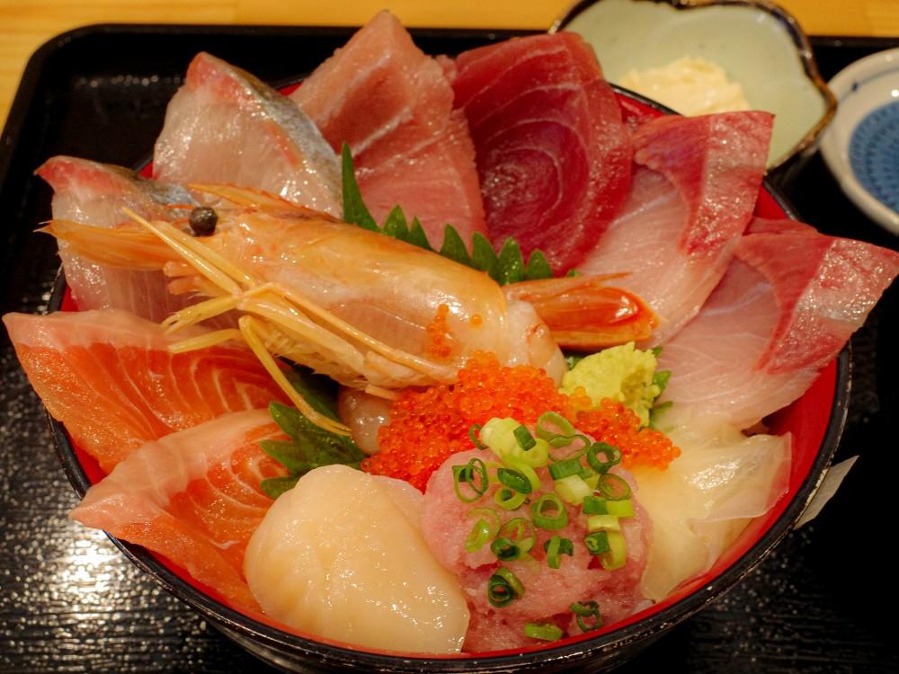 浜めし 海鮮『ふぃっしゅ』@東村山市〜社食のようなお値打ち海鮮食堂