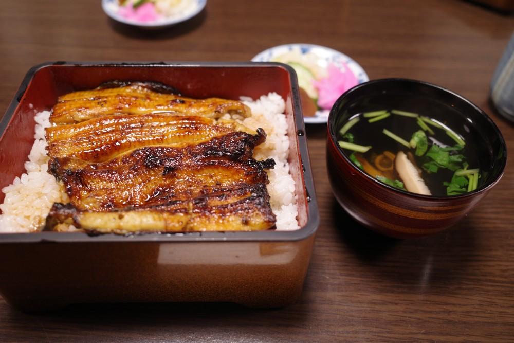 寿々喜家@青梅〜鰻重食べて梅岩寺の夜桜見物